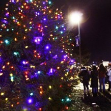 Mayor Reinstates Christmas in NJ Town