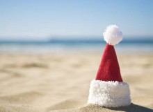 68269_17May13_santa-hat-beach6001