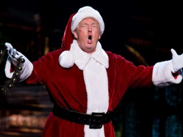 6358596877235902681957716884_donald-trump-christmas