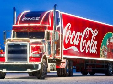 coca-cola_christmas_truck_best_christmas_tv_ads_thumb800